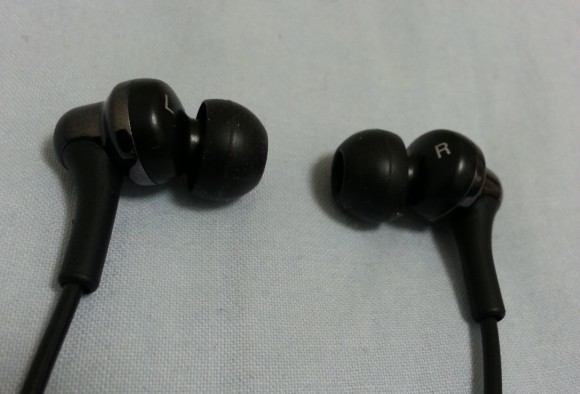 earphone-jvc-hafx26b1