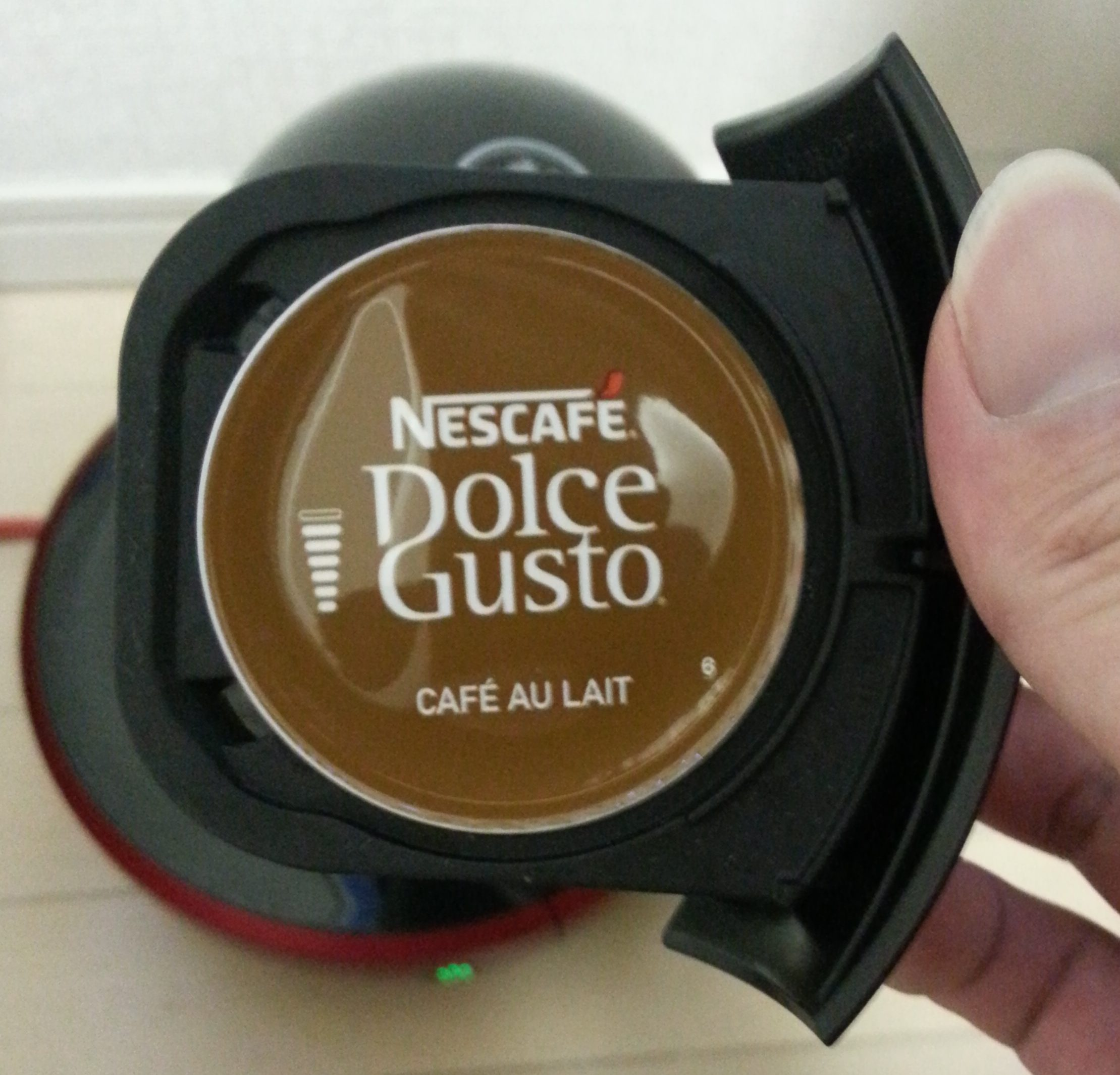 nescafe-dolcegusto-cafeaulait2
